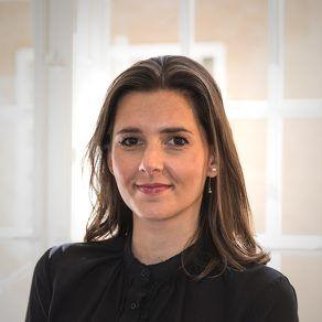 Mirella Panduro