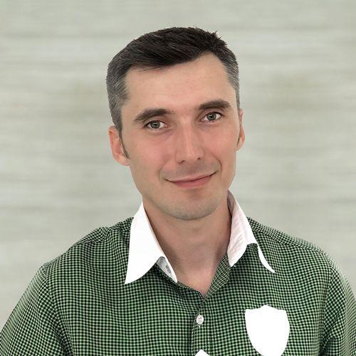 Vitaliy Siroshtan