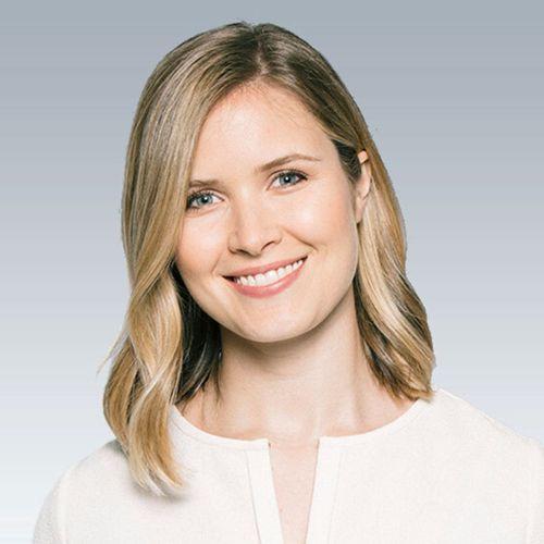 Profile photo of Elizabeth Walton, SVP, Global Marketing at Yext