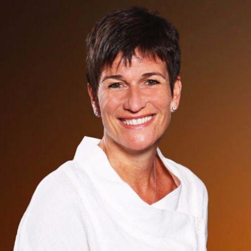 Sandra MacQuillan