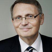 Jan L. Backer