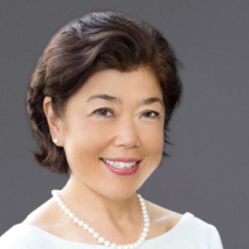 Emiko Higashi