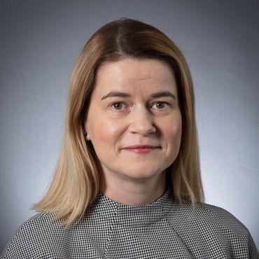 Dawn McCullough