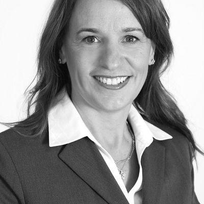 Profile photo of Kim Hughes, Managing Director at The Blueshirt Group