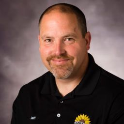 Profile photo of Jeff Bolen, Senior Vice President, Retail Operations at Kanza Cooperative Association