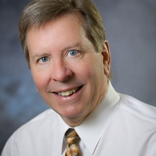 Profile photo of Neil D. Grossnicklaus, Vice Chairman at Willamette Valley Bank