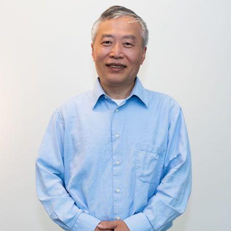Junhong Zhu