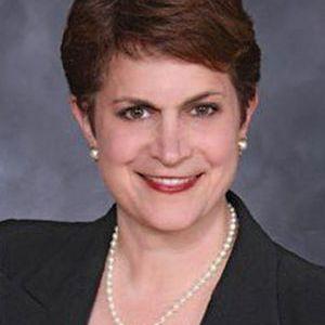 Jenee Naifeh Lister