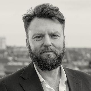 Jesper Valentin Holm