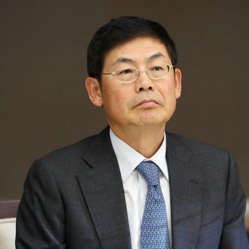 Sang-Hoon Lee