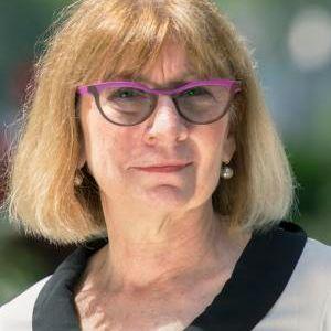Donna Keren