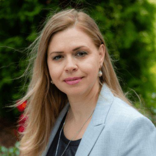 Olena Bond