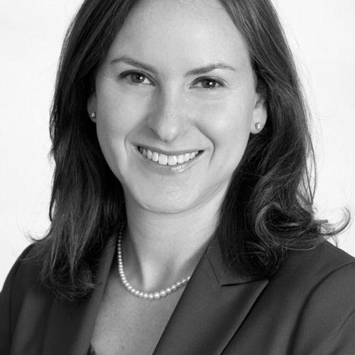 Profile photo of Melanie Solomon, Managing Director at The Blueshirt Group