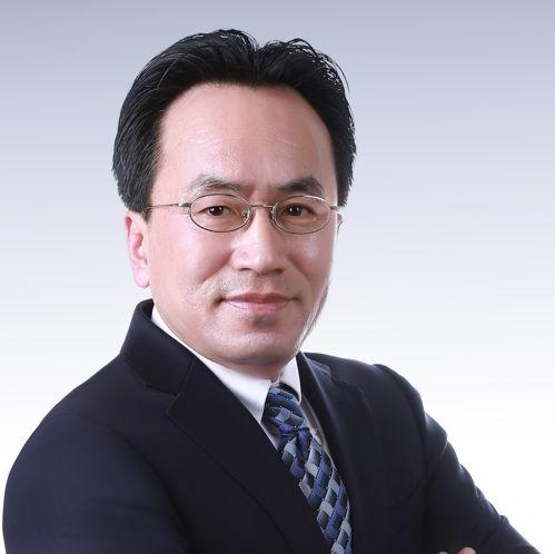 Gang Huang