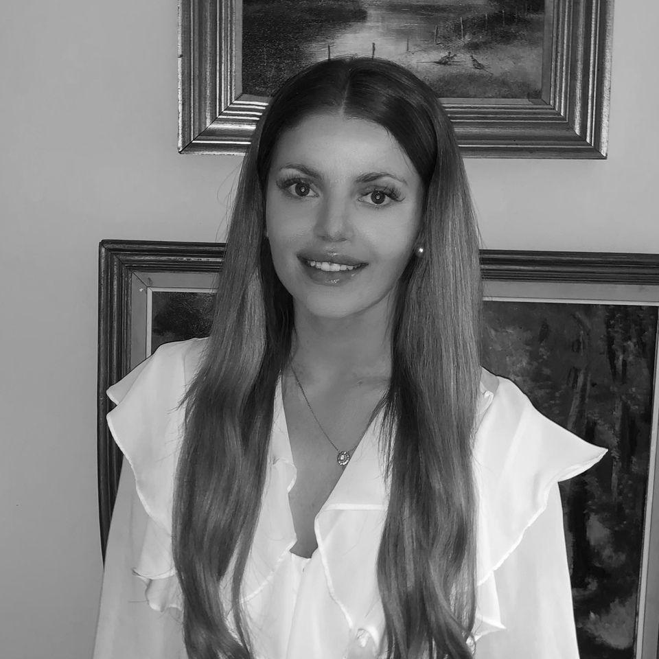 Leonora Ross-Skinner