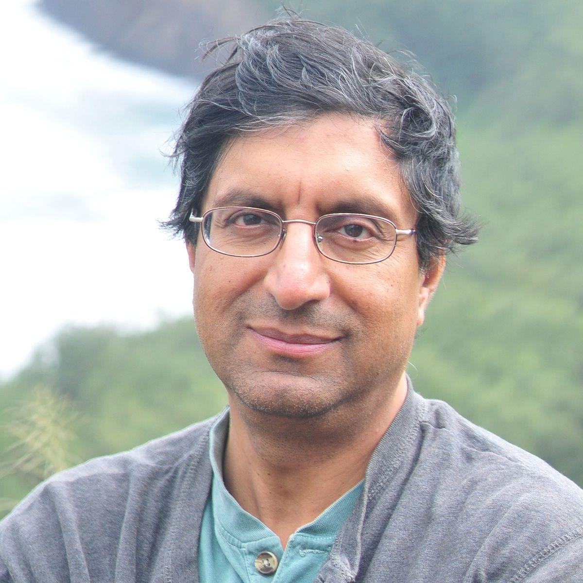 Tariq Q. Khan