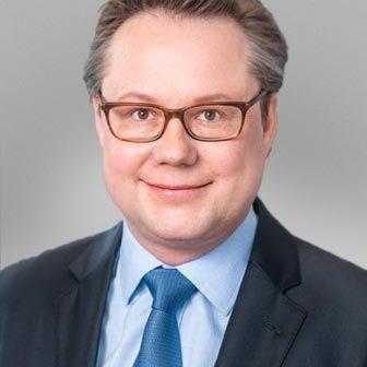 Tobias B. Staehelin