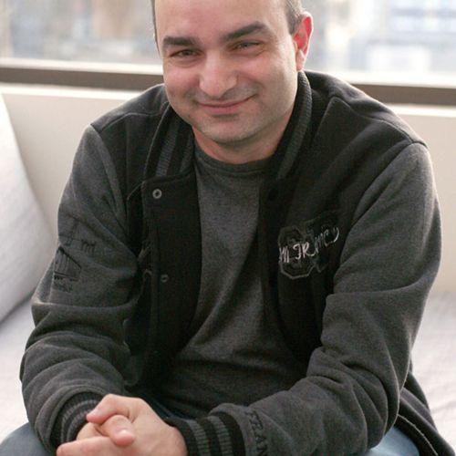 Avi Perez