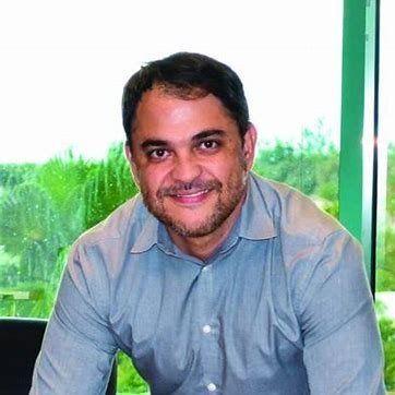 Rei Carvalho