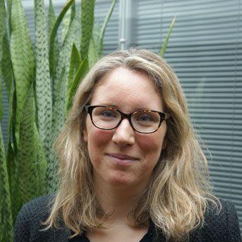 Anne-Laure Naveos