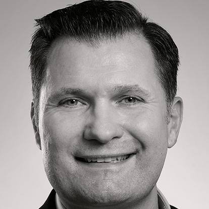 Peter Nowakowski