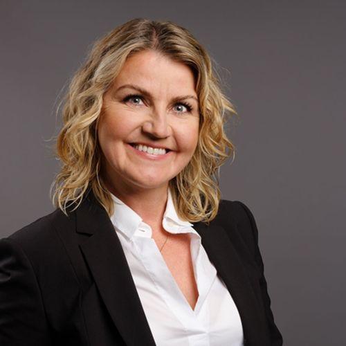 Elín Smáradóttir