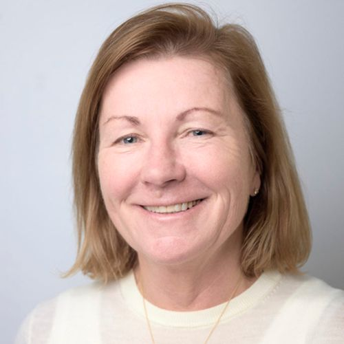 Profile photo of Karen Lowe, Executive Director, People and Culture at Monash Health