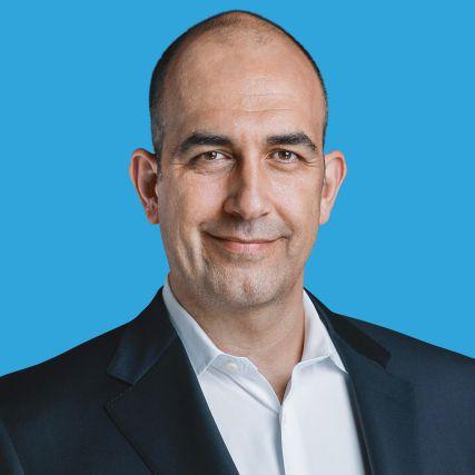 Reza Izad