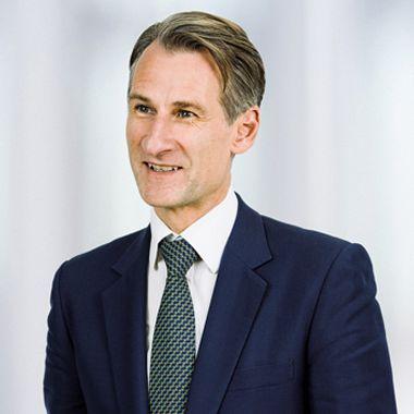 Profile photo of Ben Story, Strategic Marketing Director at Rolls-Royce