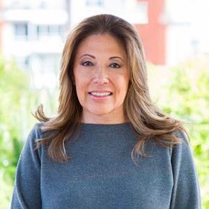 Claudia Navarro Acevedo