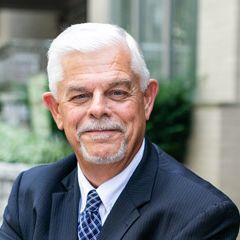 Profile photo of Steve Richardson, Vice President & Financial Advisor at Seventy2 Capital