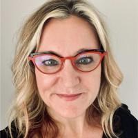 Suzanne Straub
