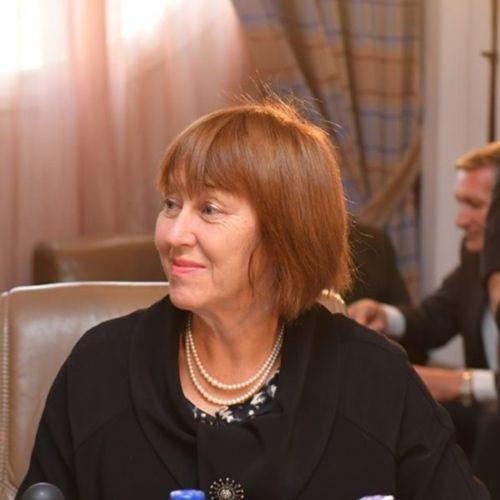 The Baroness Symons of Vernham Dean
