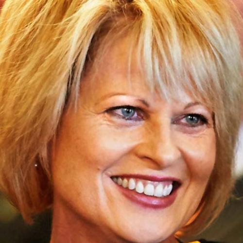 Dr. Lynne Murray