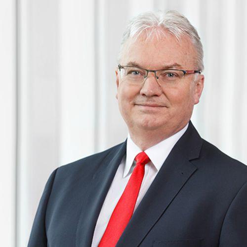 Profile photo of Torsten Knapmeyer, Chief Sales Officer at Dekabank Deutsche Girozentrale