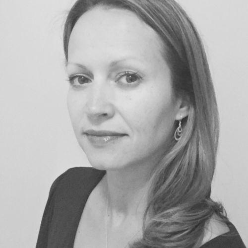 Profile photo of Irmina Blaszczyk, Managing Director at The Blueshirt Group