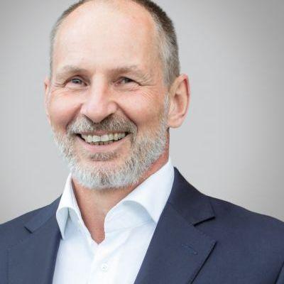 Dirk Freynhagen