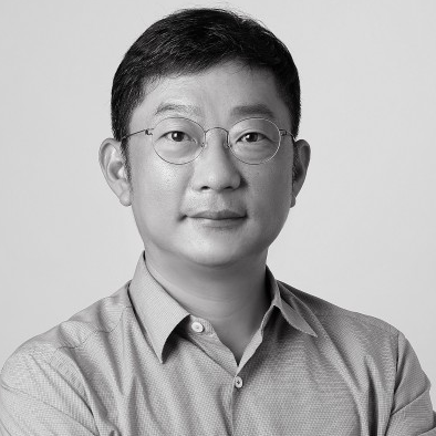 Yong Jae Kim