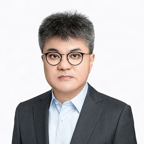Zhifeng Zhou