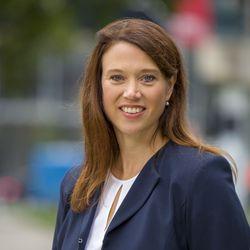 Cynthia Schyff