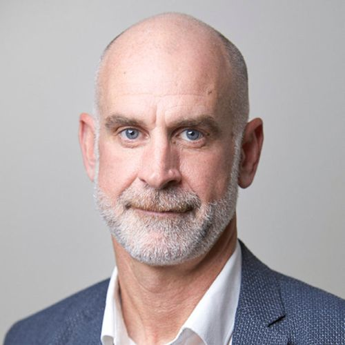 Profile photo of Martin Keogh, Chief Operating Officer at Monash Health