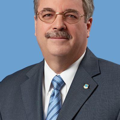 Arturo L. Carrión Crespo