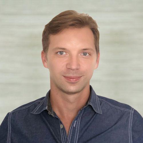 Peter Ryzhov