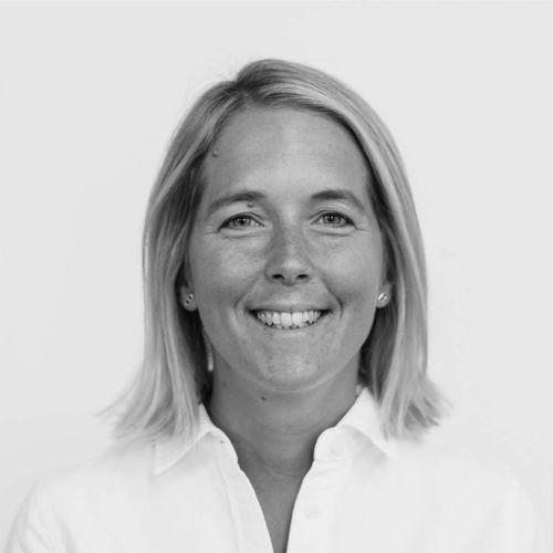 Josefin L. Ytterborn
