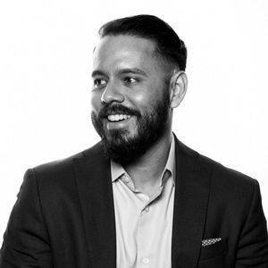 Profile photo of Daniel Alvarez, Chief Product Officer at Quartz