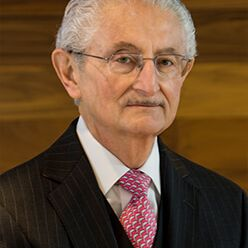 Frank Lourenso