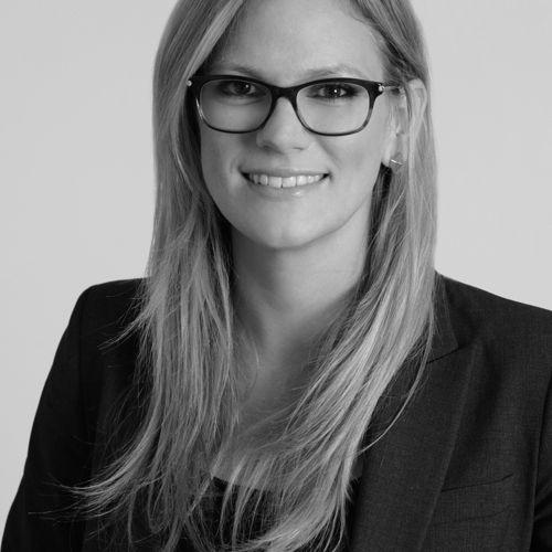 Profile photo of Whitney Kukulka, Managing Director at The Blueshirt Group