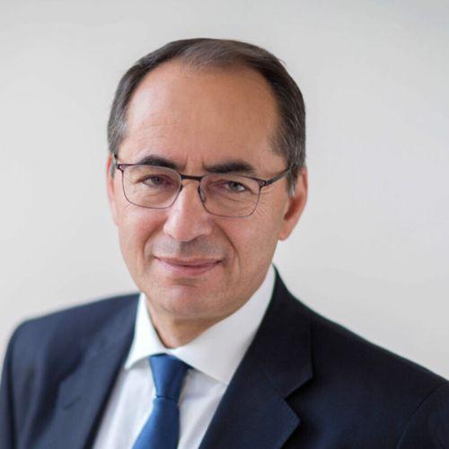 Bernard Gavgani