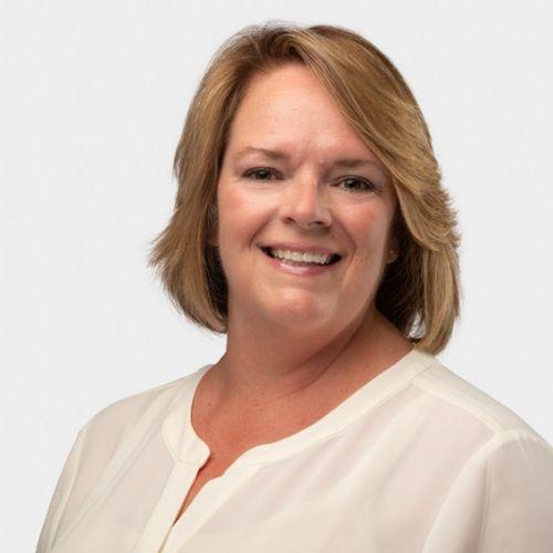Lynn Matthews