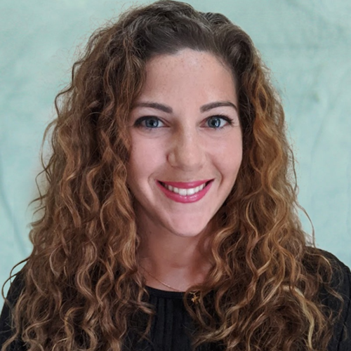 Profile photo of Leah Kallins, Director of Production at AdGreetz